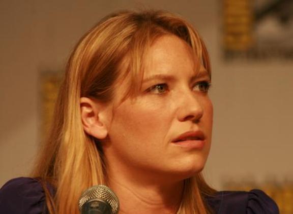 Comic-Con 2010 Lovely Anna Torv Fringe Panel