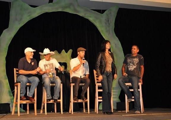 Gatecon 2010 Stargate Crossover Panel!