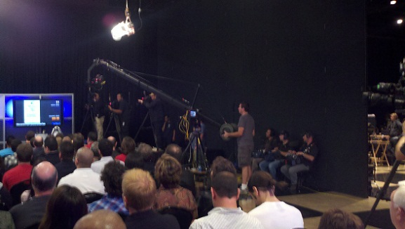 Hollywood Auction 42 - NBC SyFy crews at work!