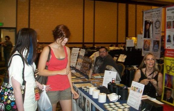 TriCon 2010 - ValaBlack, MeaganSue with Virginia Hey!