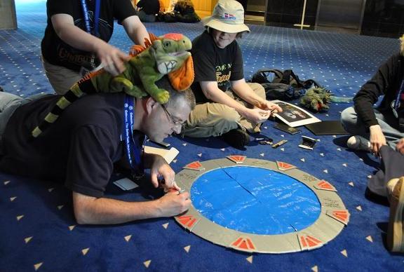 Gatecon 2010 Signing the Stargate!