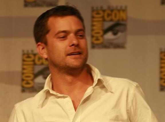 Comic-Con 2010 Joshua Jackson on Fringe Panel