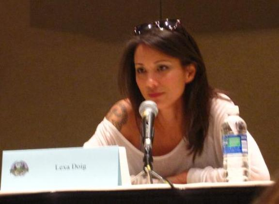 Lovely Lexa Doig of Andromeda at Dragon*Con 2010!
