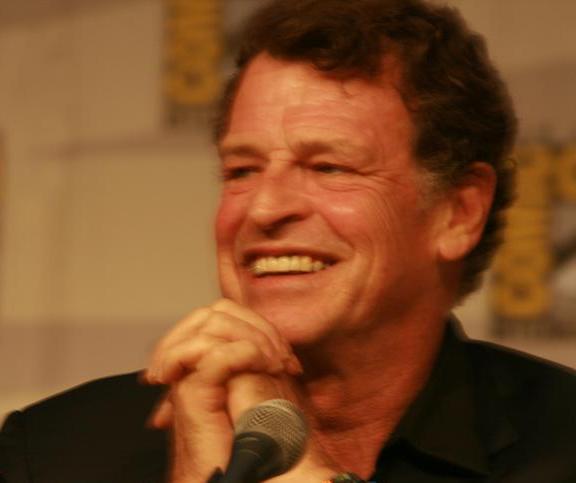 Comic-Con 2010 John Noble Fringe Panel