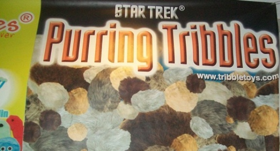 TriCon 2010 - Purring Tribbles for everyone!