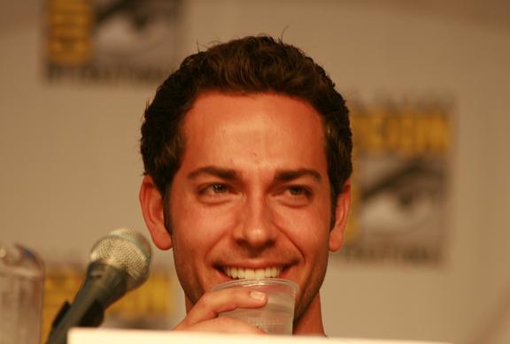 Comic-Con 2010 - Zack Levi of Chuck!