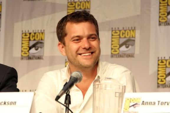 Comic-Con 2010 Joshua Jackson Fringe Panel SDCC, CA