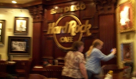 ComicCon 2010 WHR Team Dinner at HardRock