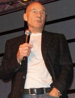 Sir Patrick Stewart at 2010 SF Star Trek. Click & visit Creation Ent