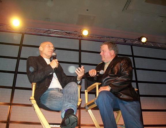 Sir Patrick Stewart & William Shatner Final Moments on Stage!