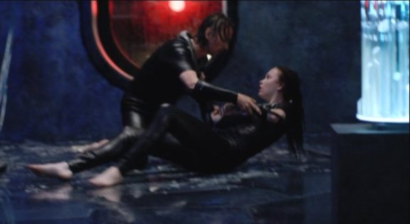 2010 SGU S1x11 Space -Lt. Scott and Chloe hug