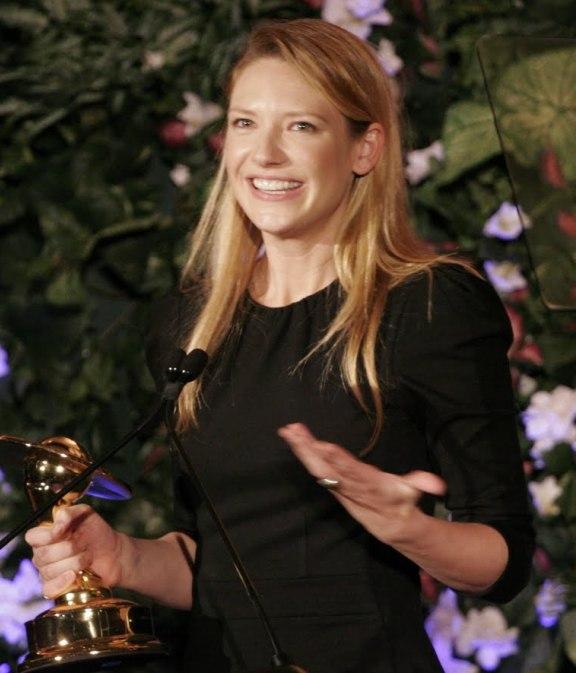 2010 Saturn Win for Anna-Torv!