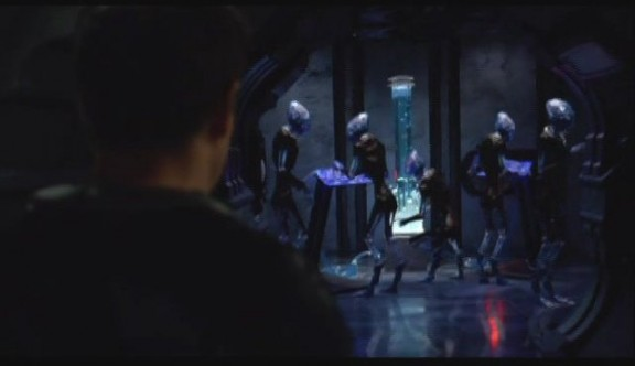 2010 Stargate Universe S1x11 Space - Alien Metting