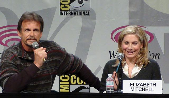 WonderCon 2011: V Series Interviews with Scott Rosenbaum, Elizabeth Mitchell and Marc Singer PLUS Season Three Secrets!