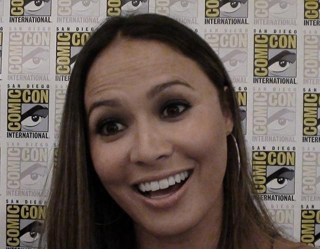 Falling Skies Interview: Moon Bloodgood is Positively Packing!