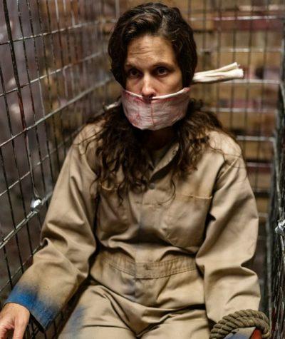 Van Helsing S4x06 Jennifer caged in Mattys house of horrors