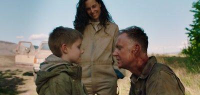 Van Helsing S4x06 Phil tells Owen he is a smart kid while Jennifer beams