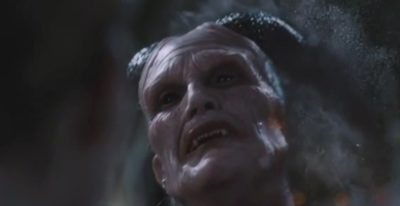 Van Helsing S4x07 Dracula disintigrates Sam draining him of life to fully awaken