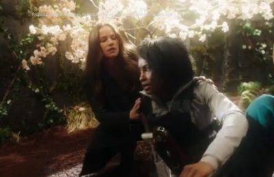 Van Helsing S4x07 Vanessa and Violet are transported to the garden state of mind