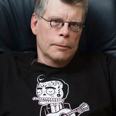 Click to visit and follow Stephen King on Twitter!