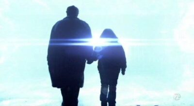 Fringe-S5x13-Walter-and-Michael-step-through-the-wormhole-bound-for-2167