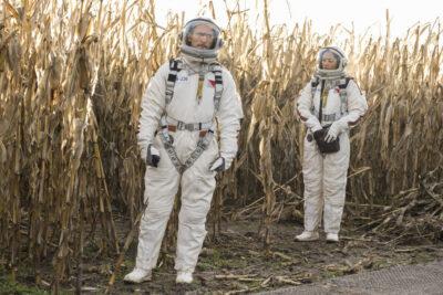 Debris S1x04 Bryan and Finola in spacesuits!