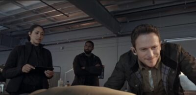 Debris S1x07 Finola Bryan and Agent Tom examine Liams body