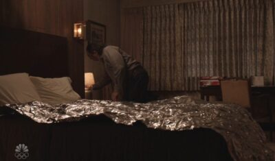 Debris S1x08 George makes an aluminum foil blanket