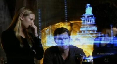 Fringe-S5x12-Peter and Olivia search for liberty