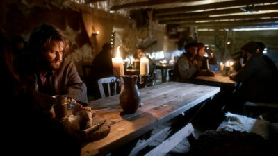 Van Helsing S5x01 Jack and Florian meet in a local pub