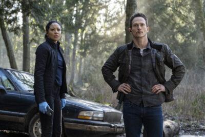 Debris S1x06 Finola and Bryan find Kurt's abandoned car