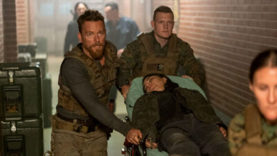 Van Helsing S4x13 Jack and Violet are taken to the hospital