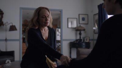 Debris S1x13 Julia tries to teach her son Dario how to speak again