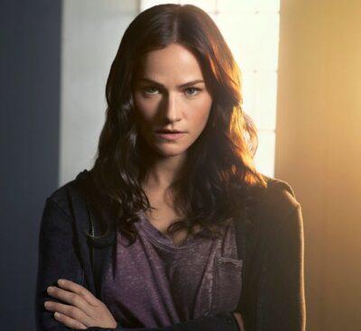 Kelly Overton as Vanessa Van Helsing. Image courtesy SYFY