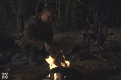 Van Helsing S5x09 Axel and Violet at a camp fire