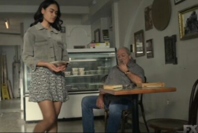 Mayans MC S3x10 Felipe Reyes and Gaby meet to discuss the future