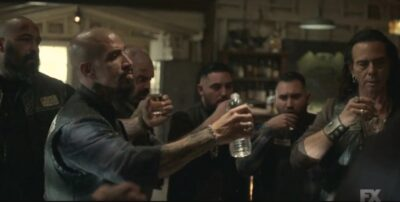 Mayans MC S3x10 The Mayans toast to what they must do