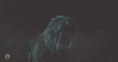 La Brea S1x01 Smilodon Saber-Tooth Tiger attacks Ty Eve and Dr Valez