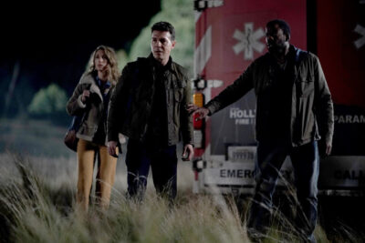 S1x01 Ty, Eve and Dr Velez see a Smilodon