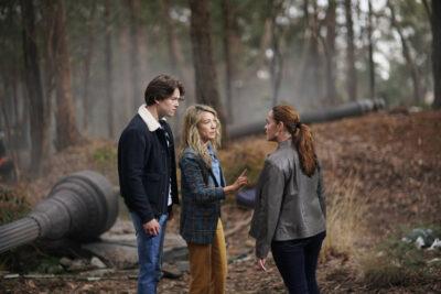 La Brea S1x01 Josh and Eve confront Marybeth