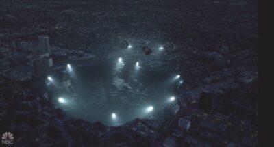 La Brea S1x03 Experimental aircraft enters the wormhole