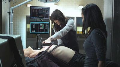 Kate looks on while Magnus is desperate