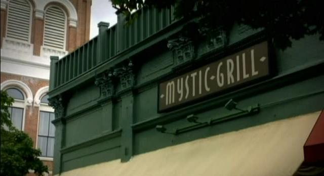 3x02 TVD Mystic Grill
