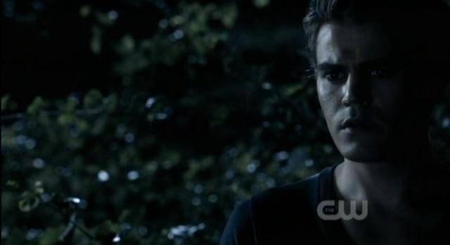 3x02 TVD Stefan sees Elena