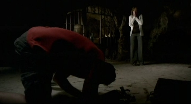 3x02 TVD Tyler Mom monster scene