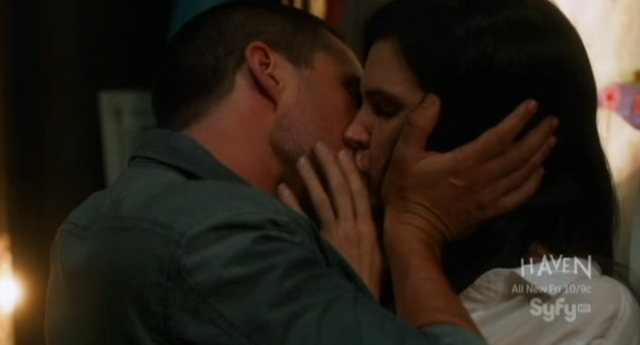 Alphas S1x06 - Bill and Gary's Excellent Adventure - Nina and Cameron Kiss