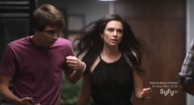 Alphas S1x09 - Nina brewaks out of the mold