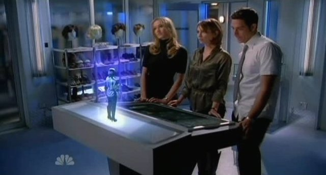 Chuck S4x17 In the holo room with cool toys