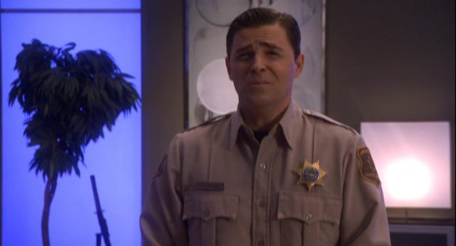 Eureka S4x11 - Kavan Smith is delightful as Andy