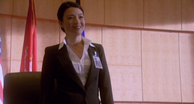Eureka S4x12 - MingNa sends someone on a mission